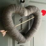 Heart shaped valentines wreath