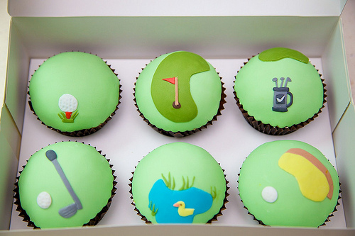 Golf-Themed-Cupcakes