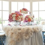 purple peach and cream centerpieces at headtable tablescape