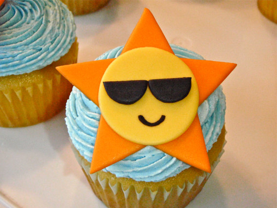 sunny sunglasses cupcake-perfect for a pool and beach party
