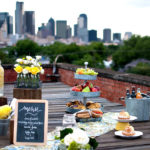 urban-rooftop-picnic-wedding-theme