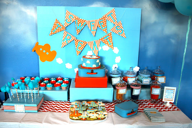 Come fly with me an airplane party b lovely events for Airplane party decoration
