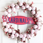 Love this DIY Baseball wreath