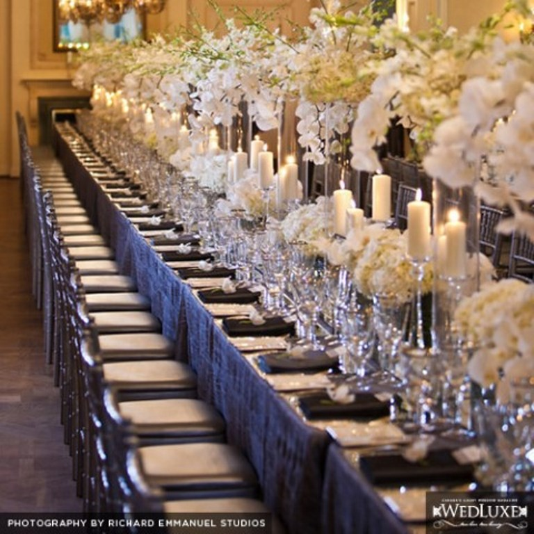 White and Silver Wedding Tablescape