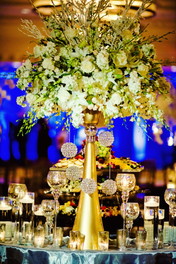 Memorable wedding gold theme the best ways to
