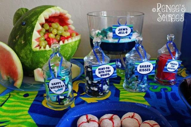 Love this shark party's food!