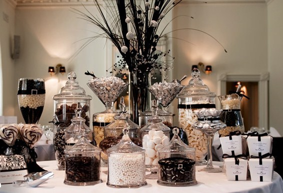 Black And White Wedding Buffet
