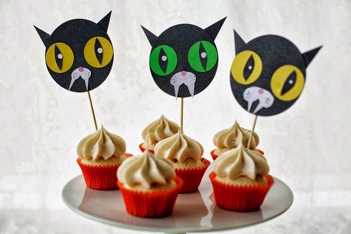 DIY Halloween Cat Cupcake toppers