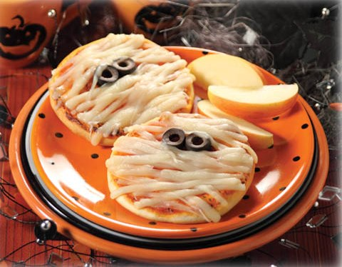 Halloween Mummy Mini Pizzas