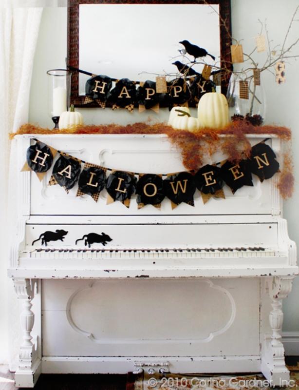 Happy Halloween Mantel