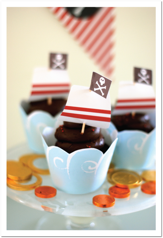Super Cute Pirate Party Cupcakes!