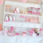 Super adorable hello kitty party supplies