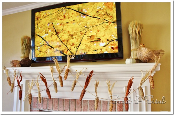 Lovely Thanksgiving mantel
