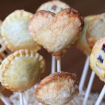 These pie pops are too cute!