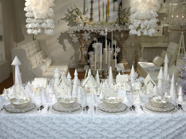 All White Christmas Tablescape