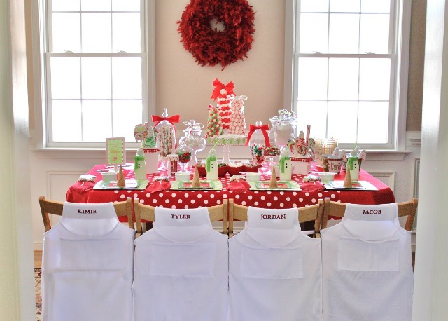 Christmas Buffet Tablescapes Kids Christmas Tablescape