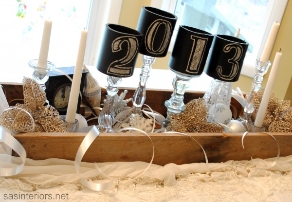Sparkly New years Tablescape