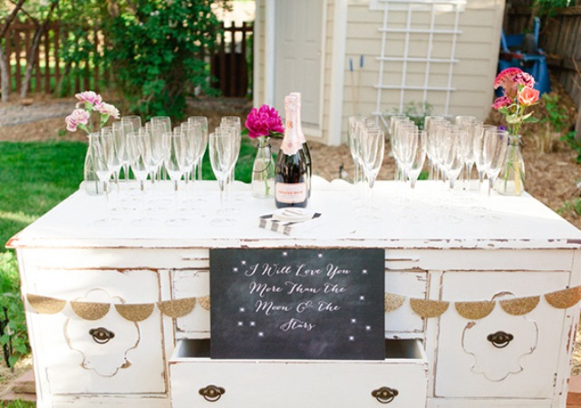 Inspiration of the day b lovely events for Backyard engagement party decoration ideas