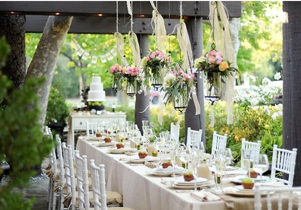 Beautiful Light And Airy Tablescape B Lovely Events