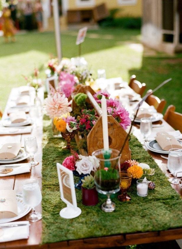 Love this Garden moss tablescape