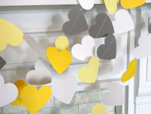 Lovely yellow and grey heart garland!