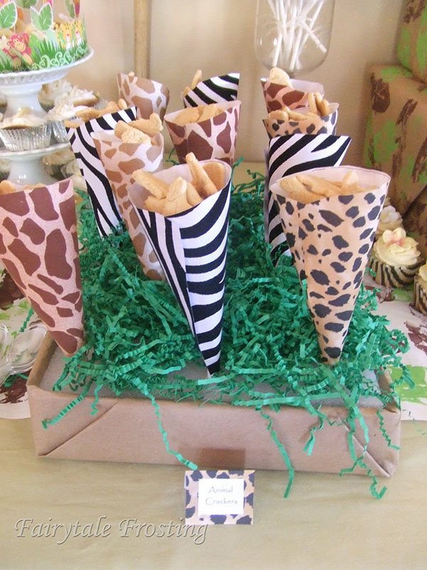 It 39 s a wild time with a boys safari baby shower b for Animal print decoration party