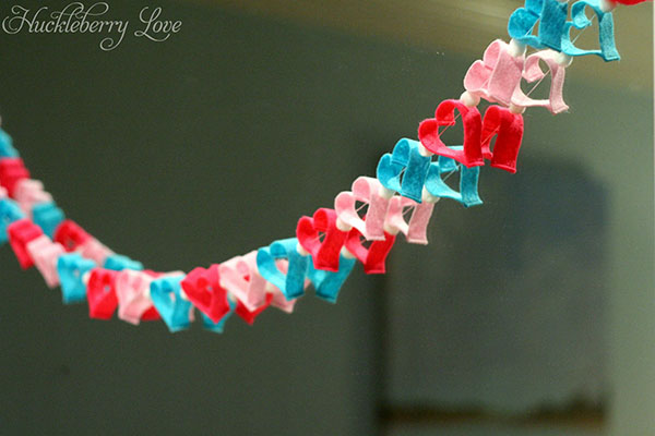 This heart garland is too cute!!