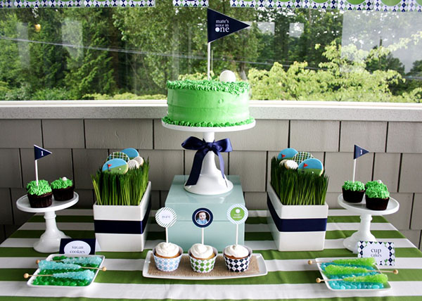 The look and feel of this golf birthday party is lovely!