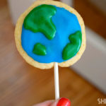 Cute Earth Day Cookie Pops!