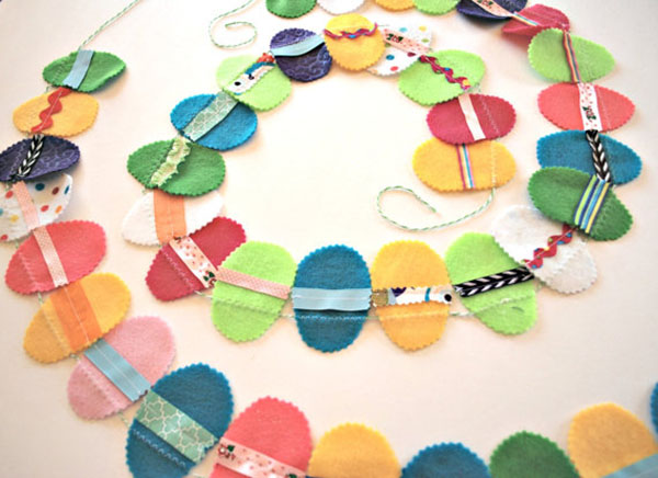 Fabric Easter egg garland- it is so cute!