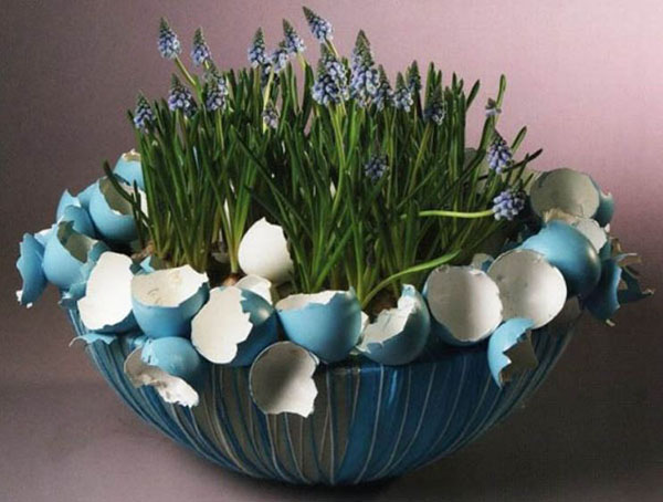 Love this Basket Centerpiece For Easter!
