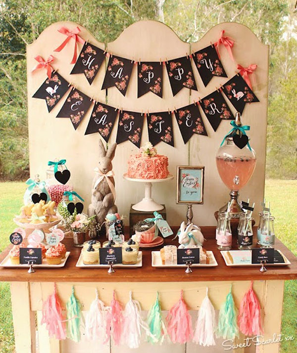 Love this vintage Easter Brunch display