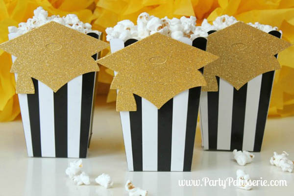 Black and Gold Graduation Party ideas!