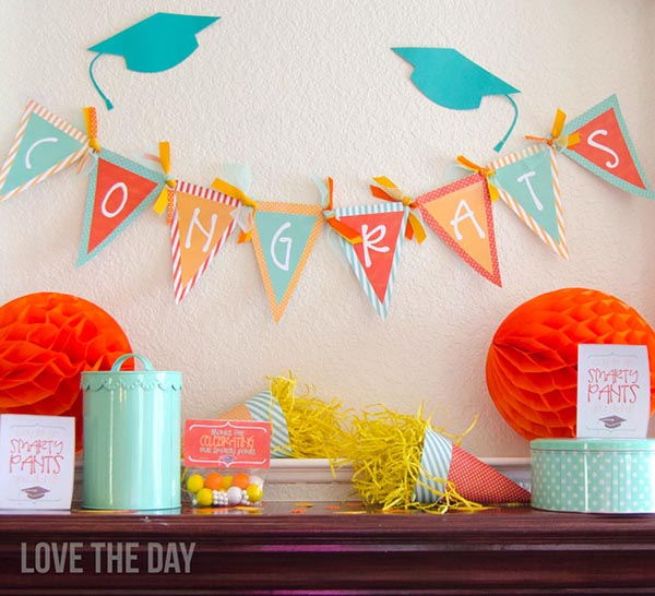 Love these free graduation printables!