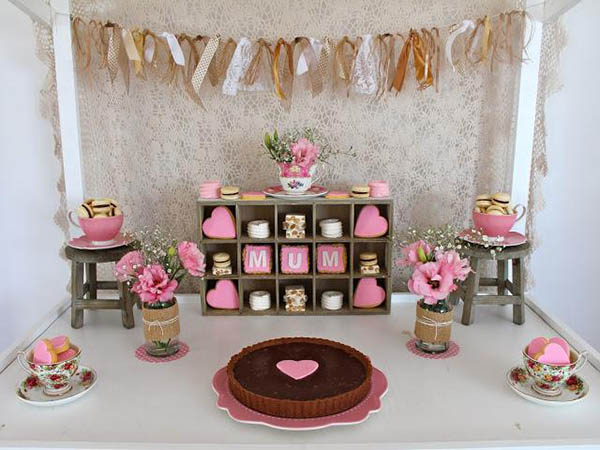 Lovely vintage Mother's Day tea!
