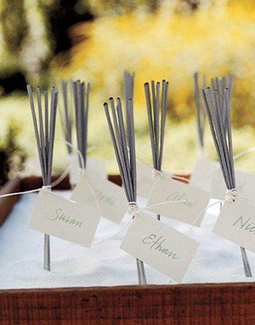 Sparkler-place-cards-love-this-idea