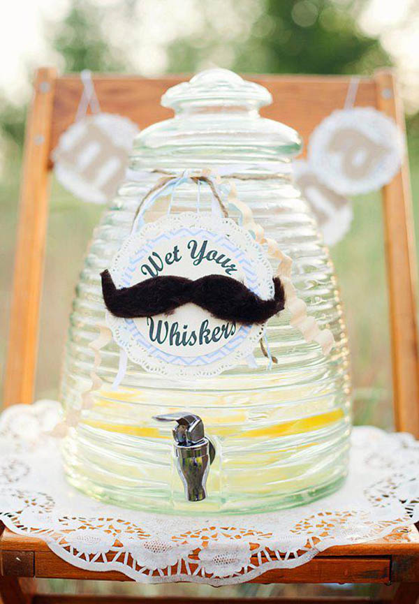 Darling Mustache drinks!