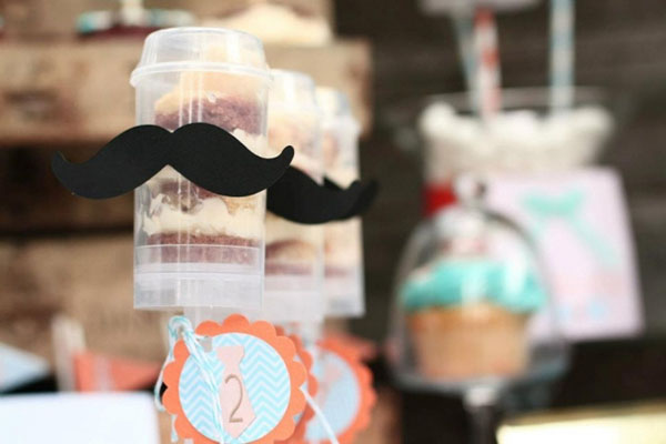Little man mustache push pops!