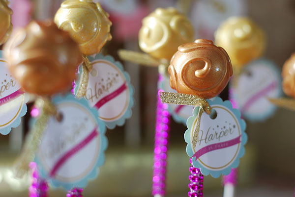 Love these cake pop glam sticks!