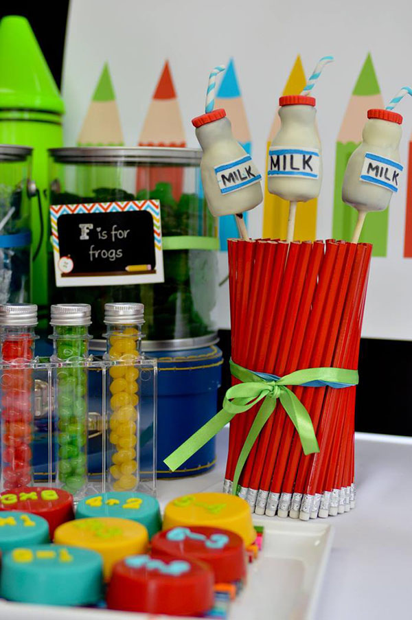 Our favorite back to school party ideas b lovely events for Back to school decoration ideas