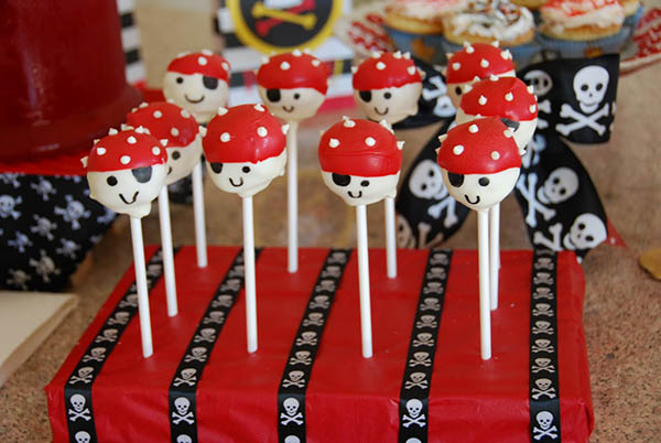 Pirate party cake pops- I love!
