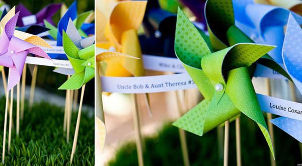 Cute pinwheel escort cards