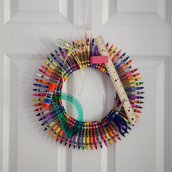 Fun back to school Crayon wreath on Etsy!