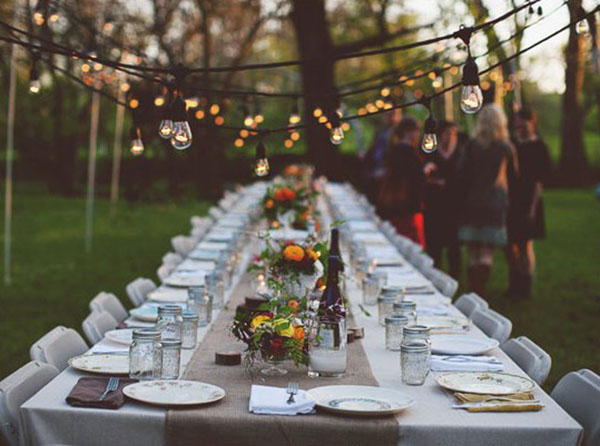 Backyard Garden Party : This love outdoor dinner party table on 100 Layer Cake has