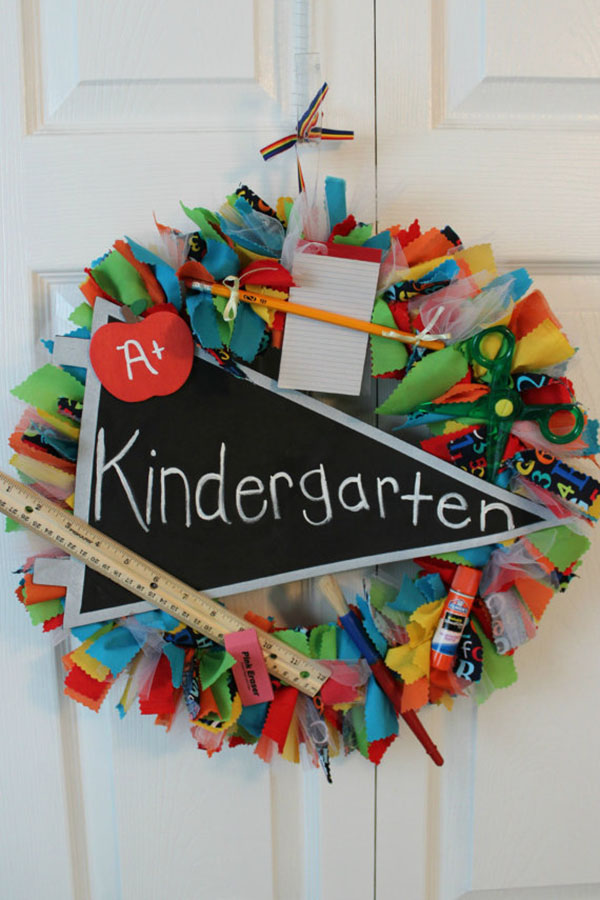Love this back to school wreath on Etsy!