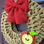 Love this burlap back to school wreath on Etsy!