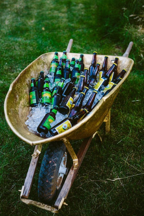 Wheel barrow- Such a creative way to serve drinks at an outdoor party