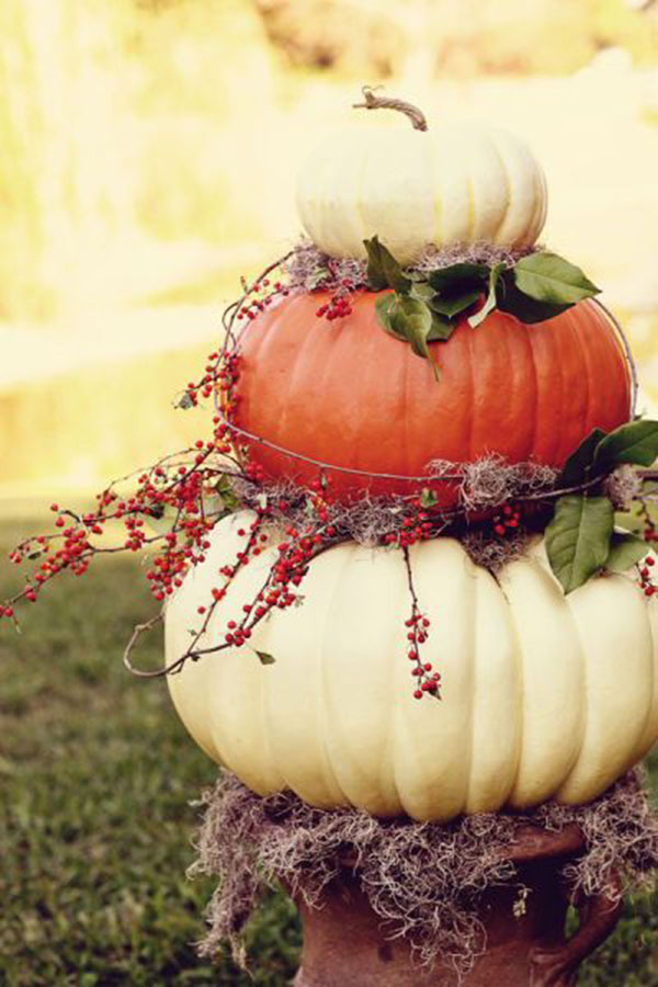 Seriously lovely pumpkin decorations b lovely events Fall outdoor decorating with pumpkins