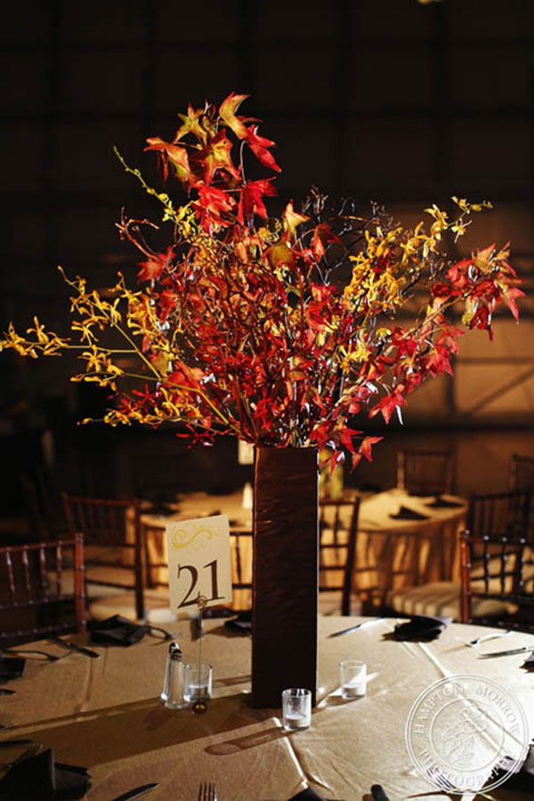 Fully Falling For These Leaf Centerpieces B Lovely Events