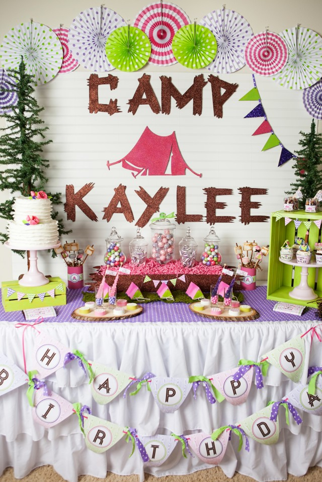This glamping party is adorable!